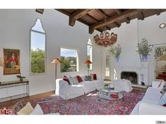 Stevie Nicks Home Is For Sale, Boasts Very Unusual Feature (PHOTOS)