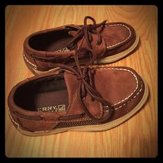 Sperry child's Top-Sider shoes Gently used and in great condition! Sperry Top-Sider Shoes Flats & Loafers