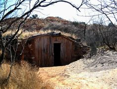 if a trapper was going to stay in the area for a spell, he would build a dugout or a small cabin, for both protection from the elements & storage. Mountain Man, Map Pictures, Primitive Survival, Fur Trade, Survival Shelter, Old West, Home And Away, Bushcraft, Rocky Mountains