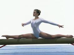 Senior Portrait / Photo / Picture - Girls - Gymnast / Gymnastics - Beam