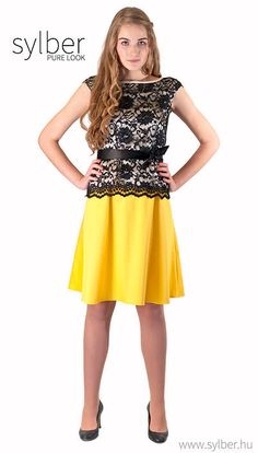 Customer copy pink or yellow dresses