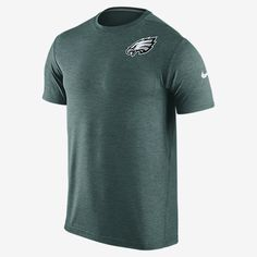 REPRESENT YOUR TEAM The Nike Dri-FIT Touch (NFL Eagles) Men's Training T-Shirt helps keep you comfortable and moving freely during your workout. Benefits Dri-FIT fabric helps keep you dry and comfortable Underarm insets for wider range of motion Flat seams feel smooth against your skin Crew neck with interior taping Product Details Fabric: Dri-FIT 100% polyester Machine wash Imported