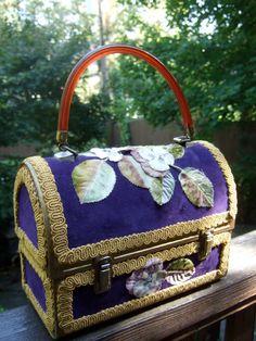Vintage Applique Flower Velvet Box Purse