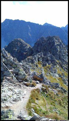 Szpiglasowy Wierch i Szpiglasowa Przełęcz w Tatrach Szpiglasowy Wierch / góry Tatry / Góry / Tatra Mountains #Tatry #Tatra-Mountain #Góry #szlaki-górskie #piesze-wędrówki-po-górach #szczyty-górskie #Polska #Poland #Polskie-góry #Szpiglasowy-Wierch #Szpiglasowa-Przełęcz #Zakopane #Tatry-Wysokie #Polish Mountains #Morskie-Oko #Czarny-Staw #na -szlaku-z-Doliny-Pięciu-Stawów-poprzez-Szpiglasową-Przełęcz-i-Szpiglasowy-Wierch-do-Morskiego-Oka #turystyka-górska Countries Of The World, Nature Photography, Beautiful Places, Mountains, Landscape, Travel, Inspiration, Image, Poland