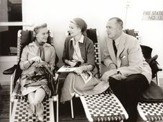 Grace Kelly holds yarn as her mother Margaret knits aboard the liner Constitution en route to Monaco for the marriage of Miss Kelly and Prince Rainier. At right is the star's father, John B. Princess Grace Kelly, Princess Caroline Of Monaco, Old Hollywood Glamour, Hollywood Stars, Miss Kelly, Uss Constitution, Prince Rainier, Monaco Royal Family, English Royalty