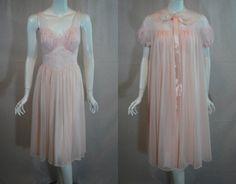 1950s Vanity Fair Pink Peignoir Set, Nightgown Robe, 32, small, Double Nylon Chiffon