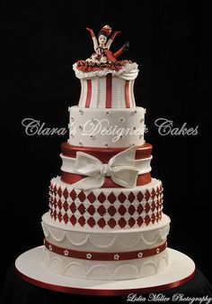 Love the idea....maybe tone it down for a a b-day cake.