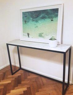 mesa de arrime marmol y hierro Muebles Home, Victoria House, Coffe Table, Entryway Tables, Interior Decorating, Marble, Ideas Para, Furniture, Design