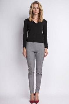 High Waisted Work Pants in Houndstooth #highwaisted #business #trendy #workwear #pants #workpants #houndstooth