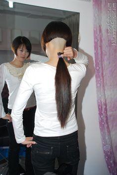 芳飞前沿美发网 Great Hairstyles, Fringe Hairstyles, Undercut Hairstyles, Popular Hairstyles, Short Bob Hairstyles, Bob Haircuts, Shaved Undercut, Shaved Nape, Shaved Sides