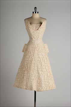 vintage 1950s dress . taupe lace . CORRINE by millstreetvintage