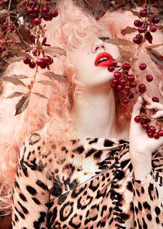 Roaaaaaaaaaar!  Redheaded Beauty-Type Roaaaaaarrr!  Great Pic, love the fruity addition!