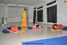 Yoga teachers at Ekattva Yogshala practice #Ashtanga yoga and teach best yoga practices to aspiring #yoga students. Join #Ekattva for best Ashtanga yoga teacher training in India.