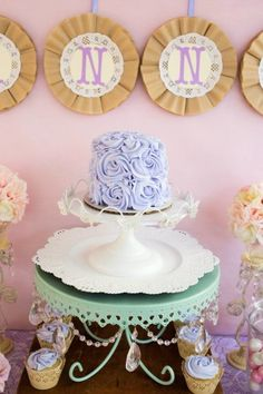 lavender-lace-butterfly-party-ideas-perfect-for-baby-shower-ideas-ombre-cake - Copy