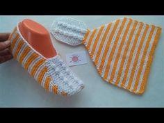 Knit Slippers Free Pattern, Crochet Shoes Pattern, Knitted Slippers, Crochet Circles, Crochet Squares, Knitting Projects, Knitting Patterns, Crochet Baby, Knit Crochet