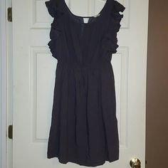 Fossil Dress Super super cute, pre-loved dress! Knee length... with ruffled capped sleeves... Fossil Dresses Midi