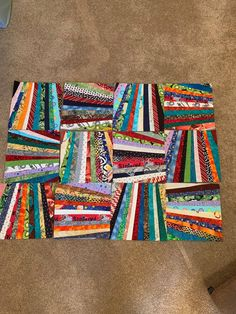 Jellyroll Quilts, Easy Quilts, Scrappy Quilts, Crumb Quilt, Quilt Block Patterns, Quilt Blocks, Fabric Patterns, Quilt Border, String Quilts