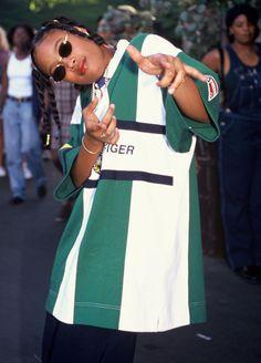 Shawntae Harris -- better known as Da Brat Black 90s Fashion, Fashion 90s, Tokyo Street Fashion, Hip Hop Fashion, Fashion Outfits, Queer Fashion, Urban Fashion, Fashion Styles, Style Année 90