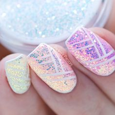 Pixel Effect Cinderella & Geometric Nail Art (with VIDEO tutorial)