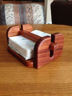 Napkin holder made of mahogany