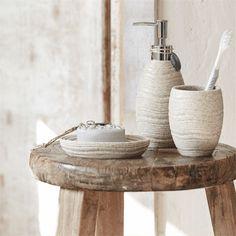 Riverdale landelijk naturel wit beige grijs hout beach Scandinavisch ...