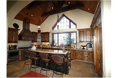 Castle Pines - Luxury 6BR Home + Private Hot Tub
