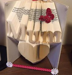 Book folding pattern for Mum over a heart 301 folds +free tutorial by BookFoldingForever on Etsy