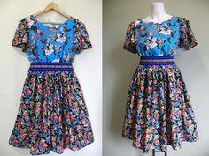 Floral swing, rochie veselă din bumbac cu imprimeu floral Short Sleeve Dresses, Dresses With Sleeves, Floral, Summer Dresses, Fashion, Moda, Sleeve Dresses, Summer Sundresses, Fashion Styles