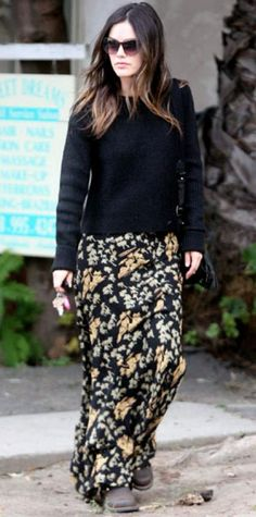 DECEMBER 19, 2011 Rachel Bilson WHAT SHE WORE Bilson exited an L.A. salon in a black knit, floral maxiskirt and leather boots.