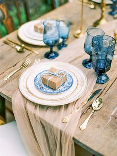 "Featured on Southern Weddings: ""Peri Perfect"" Styled Photo Shoot  Wedding Favor: Condor Chocolates  Photography by: Anna Shackleford // Coordinated & Designed by Danielle Hulsey & Candice Beaty of Chancey Charm Weddings // Florals: Bloomin' Bouquets // Paper: Jenn Gietzen // Vintage Rentals: Southern Vintage Company // Venue: Kellum Valley Farms Table Place Settings, Blue Table Settings, Wedding Place Settings, Wedding Favor Boxes, Wedding Tables, Wedding Ideas, Blue Wedding Favors, Wedding Inspiration, Wedding Decorations"