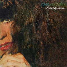 Après le prometteur Ave de Prata (1979), Elba Ramalho sort un an plus tard son second album, Capim do Vale (1980). Les recettes sont à peu près les mêmes, une solide base de musique Forró à la sauce MPB. L'album mixe également les génération avec des...