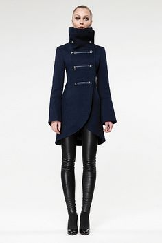 blue Mackage coat-- LOVE this entire look. Her coat is dope! Mode Style, Style Me, Look Fashion, Womens Fashion, Fashion Trends, Fall Fashion, Blazer Outfit, Winter Stil, Military Fashion