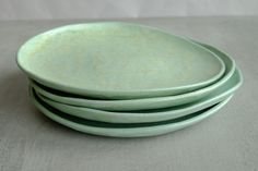 Ceramics Pottery #ceramicplates Serving plate Ceramic dinner plate Mint color plate Ceramic plates Pottery dinner plate Ceramics and pottery Stoneware plate Green plates