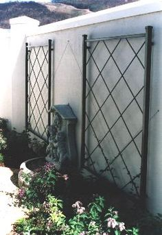 custom garden trellis | Ways To Add Style With A Garden Trellis