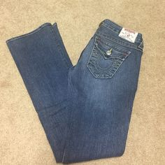 Jeans True religion distressed jeans size 26 boot cut very nice condition True Religion Jeans Boot Cut