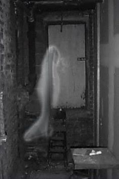 """""""Sometimes considered one of the most haunted colleges in America, Ohio Wesleyan University certainly has a variety of spirits to choose from. Ghost Images, Ghost Pictures, Creepy Pictures, Spooky Places, Haunted Places, Haunted Houses, Real Hauntings, Spirit Ghost, Ghost Sightings"""