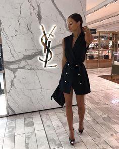 Fashion 2019 New Moda Style - fashion Dress Outfits, Mode Outfits, Short Outfits, Fashion Outfits, Fashion Fashion, Fashion Ideas, Vintage Fashion, Office Fashion, Petite Fashion