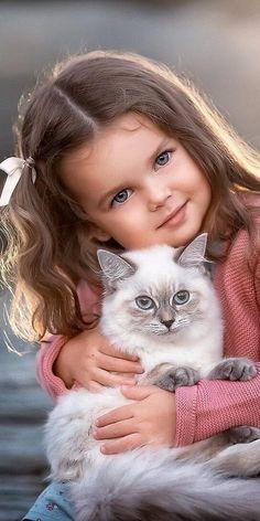 Tumblr to miejsce na własną ekspresję, odkrywanie siebie i tworzenie więzi opartych na wspólnych zamiłowaniach. Twoje zainteresowania połączą Cię tu z ludźmi myślącymi podobnie. Beautiful Cats, Beautiful Children, Beautiful Babies, Little Girl Photography, Cute Kids Photography, Animals For Kids, Cute Baby Animals, Funny Animal Pictures, Cute Pictures
