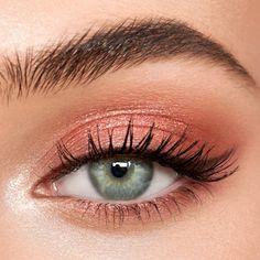 Trendy Natural Pink Eye Makeup Looks, Pink Eyes Makeup Eyeshadow glitter subtle bold rosegold 632755816381326603 Peach Eye Makeup, Pink Eye Makeup Looks, Light Makeup Looks, Pink Eyeshadow Look, Makeup For Green Eyes, Pink Makeup, Eyeshadow Makeup, Eyeshadow Palette, Natural Eyeshadow Looks