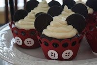 How To Mickey Mouse cake and cupcakes as well as many other baked goods!