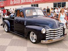 Another beautiful '50 Chevy truck.