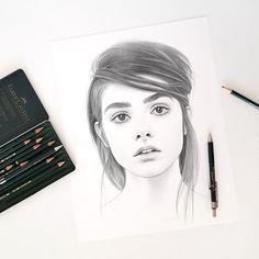 Not Hiding by Evgeni Koroliov Pencil Portrait Drawing, Realistic Pencil Drawings, Pencil Art, Cute Drawings, Dc Comics Art, Art Sketches, Cool Art, Illustration, Instagram