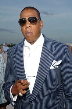 Pin for Later: Voilà Ce à Quoi Ressemblaient les MTV VMAs Il y a 10 Ans Jay Z S'était Pointé en Costume