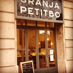 Get the some fine coffee & lunch @ Granja Petitbo | #Barcelona