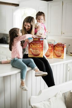 """We are loving our latest @boxedwholesale order w/ Honey Nut @Cheerios & a great """"Bring Back the Bees"""" campaign project for kids #shopboxed #ad"""