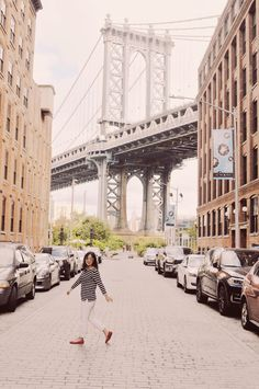most instagrammable places in NYC dumbo washington street manhattan bridge