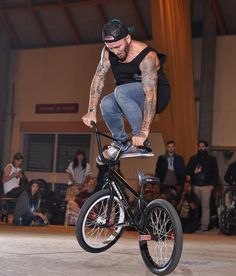 Alex Jumelin at Comin Lyon BMX   #RideGaston #Gaston #TeamGaston #contest #bmx #bmxlife #bmxfamily #bmxflat #ride #rider