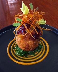 Roasted Sweet Potato/Fennel/Bleu Cheese Croquette, Cran-Apple Chutney, Wilted Baby Kale, Sweet Potato Fried/Purée ✌🏻🤪 Chef Recipes, Seafood Recipes, Cooking Recipes, Roasted Sweet Potatoes, Fried Potatoes, Cauliflower Burger, Food Plating Techniques, Potato Croquettes, Apple Chutney