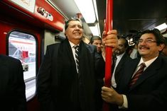 Peruvian ex-president Alan Garcia kills himself as police reach for corruption arrest - USA TODAY - Spider Link Directory Mea Culpa, Shining Path, Commerce International, Michaela, Head Of State, Former President, Guerrilla, Usa Today, How To Be Outgoing