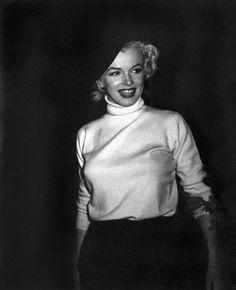 Les 9 et 10/02/1954 Visite de Brady Air Base - Divine Marilyn Monroe